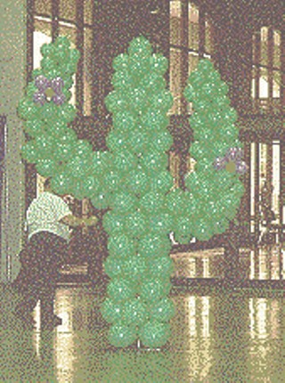 Balloon cactus welcoming attendees to LoneStarCon2