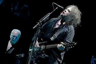 Robert Smith (right) and Reeves Gabrels, 10.12.13