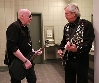 Smokin' in the Boys Room: Cheetah Chrome (l) and James Williamson backstage at the AMAs