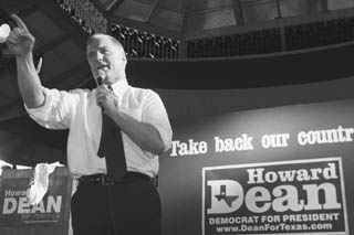 Presidential Candidate Howard Dean rallies the Democratic faithful in Austin on Monday.