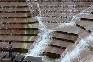 Day Trips: Water Gardens, Fort Worth