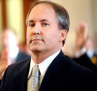 Attorney General Ken Paxton, reportedly facing three felony indictments to be unsealed on Monday
