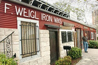 Thursday's Big Bad Barbecue-and-Beer Bus Bash