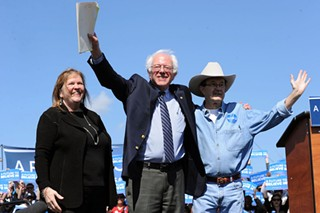 Jane O'Meara Sanders (l), Bernie Sanders, and Jim Hightower at a Bernie Sanders rally at the Circuit of the Americas on February 27, 2016