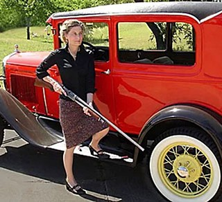 On her GOP campaign website, Laura Pressley conjures Bonnie Parker (no Clyde necessary) in armed defense of a vintage automobile. In the 1940s, she declares, no one questioned the right to bear arms or to have paper ballots. Indeed, electronic voting machines, like computers, are a more recent innovation.
