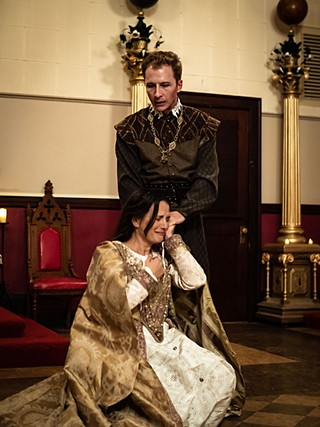 Liz Beckham (kneeling) and Brock England in The Duchess of Malfi