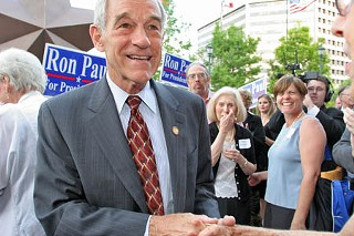 Representative and Republican presidential candidate Ron Paul visited the Bob Bullock Texas History Museum on Saturday.