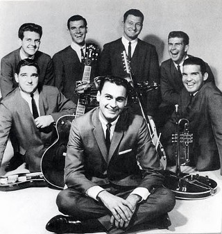 The lovin' men with reputations: Roy Head & the Traits, circa 1965: (backline, l-r) Gene Kurtz, Tommy May, Ronnie Barton, John Clark, Jerry Gibson, Frank Miller