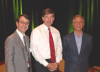 Left to right: Hank Dittmar, Mayor Will Wynn, and Andr&eacute;s Duany 