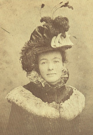 Edna Turley Carpenter, 1901, wearing an outfit that was the