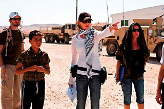 Kathryn Bigelow directs <i>The Hurt Locker</i>.