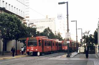 The San Diego Trolley light rail system circles rather than bisects the heart of town.