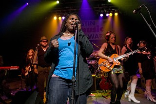 Ruthie Foster leads the Southern Sirens