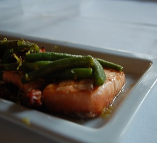 Salmon with Green Beans and Pancetta