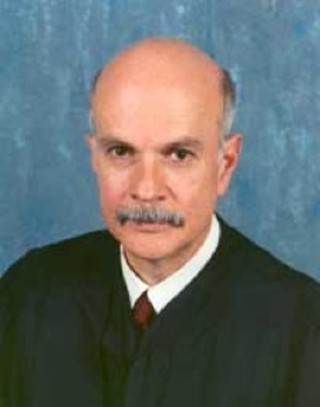 Sentencing Commission Chair, Texas Judge Ricardo Hinojosa, agrees disparity should disappear