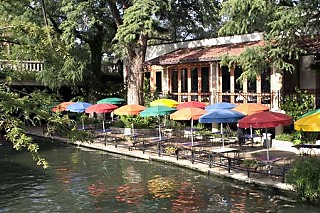 The new Waterfront Planning Advisory Board might advocate for people places with outdoor cafes, like this one on the San Antonio River Walk.