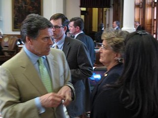 Gov. Perry talks to Rep. Ellen Cohen