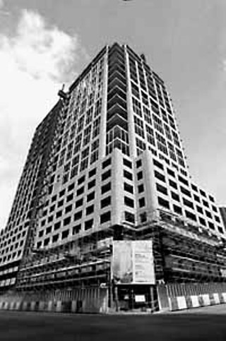 CarrAmerica Realty's project, 300 West Sixth, is the first office tower built downtown since 1987.