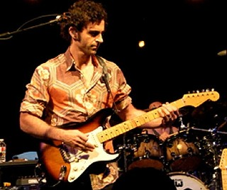Keep It Greasy: Dweezil Zappa at Stubb's, 11.19.2009