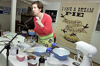 Jen Biddle of Austin's Texas Pie Kitchen demonstrates how to make her sweet potato pecan pie at last year's social.