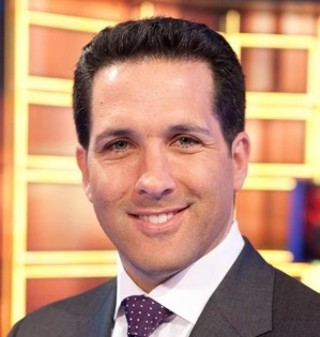 Tweeting With Adam Schefter: Sportswriter thrives in new media atmosphere with old-school style - Sports - The Austin Chronicle