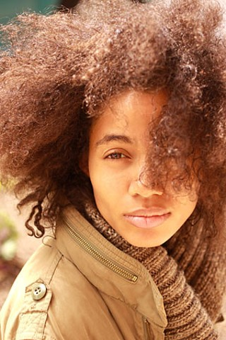 Nigerian soul singer/rapper Nneka brings her new CD, Concrete Jungle, to SXSW.
