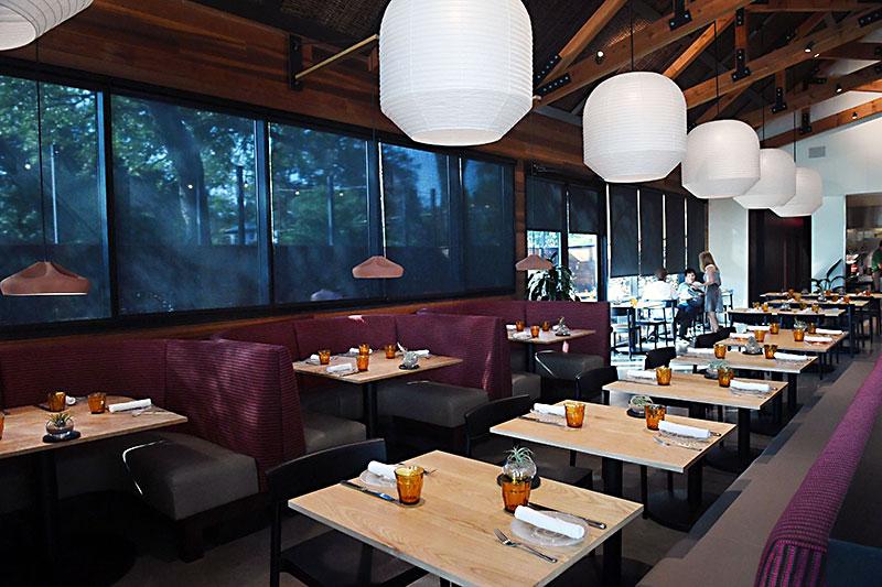 Restaurant interior designs welcome hard rock cafe