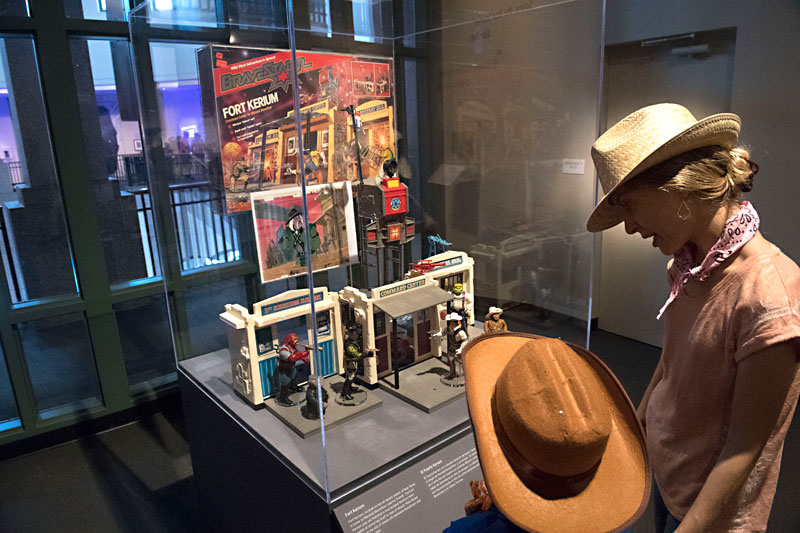 """""""Cowboys in Space"""" Exhibit Finds the Frontier in the Stars"""