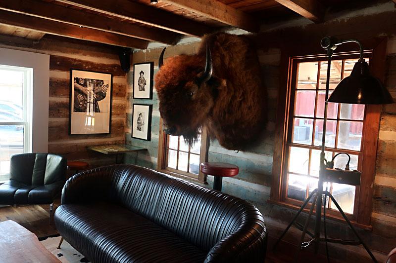 Day Trips: Ellis Motel, Round Top