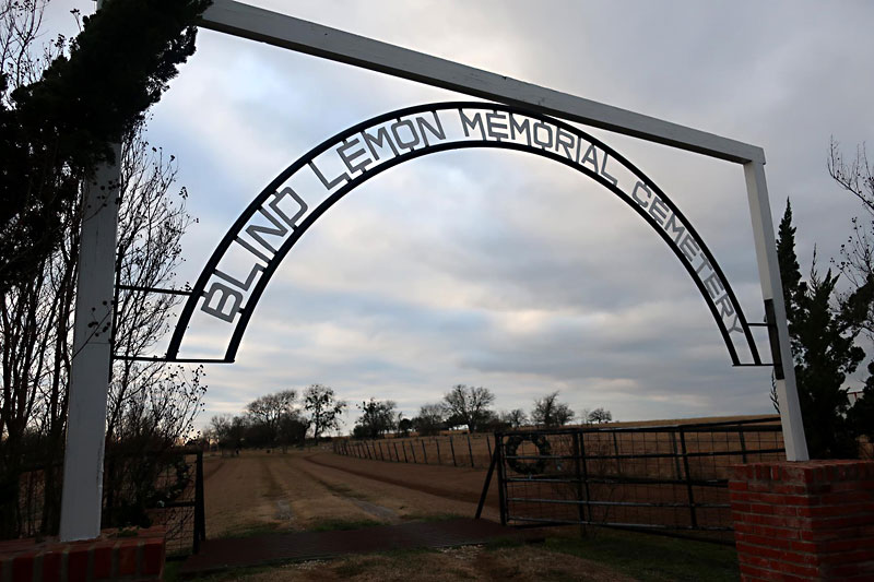 Day Trips: Blind Lemon Memorial Cemetery, Wortham