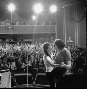 White Stripes Doc To Ring Sxsw S Doorbell Under Great